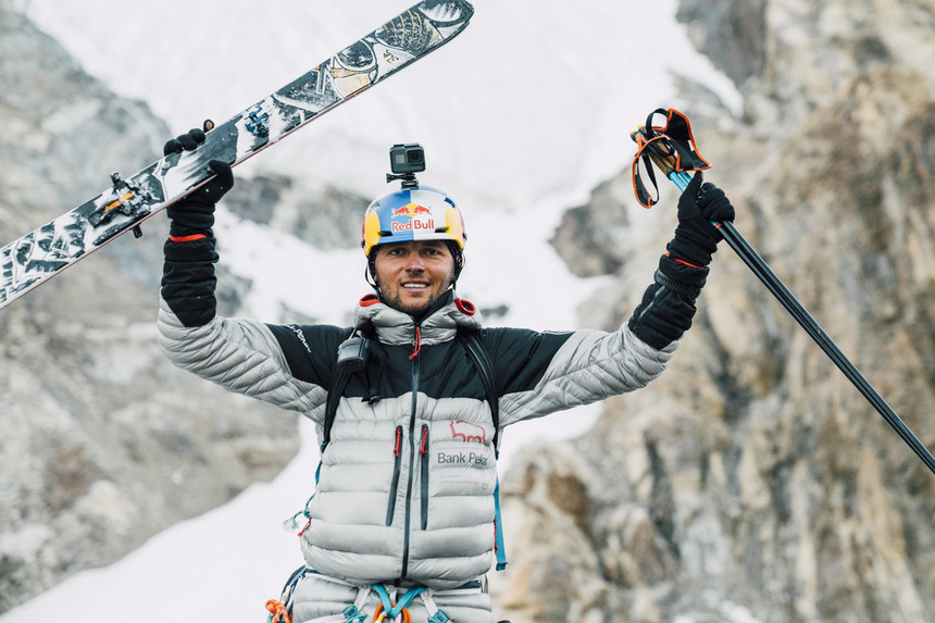 Andrzej Bargiel Scores First Ski Descent of K2