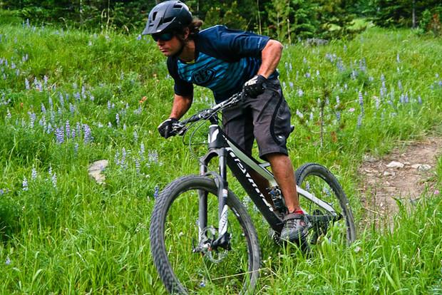 a00259f68b7 Teton Tested: Devinci's Light, Snappy Django Trail Bike | Teton ...